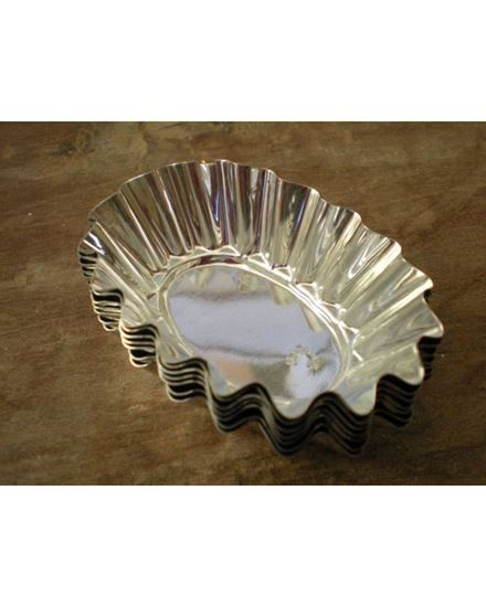 Picture of 6 Piece Oval Metal Tart Moulds Set- Silver